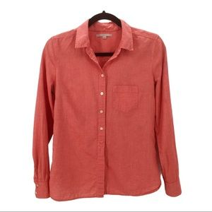 4/30$ THE GAP Red Chambray Button Down DressShirt
